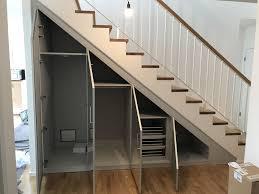 Die holztreppe habe ich sehr einfach aber trotzdem stabil konstruiert. Schrank Nach Mass Unter Der Treppe Im Flur Von Cabinet Einbauschrank Treppe Treppenschrank Schrank Unter Treppe