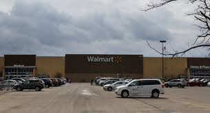 Coronavirus: Walmart employee tests positive for COVID-19, prompting a  change in leave policy - silive.com