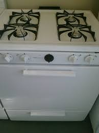 Magic Chef Kitchen Appliances 3 Magic Chef Cpr1100adw 30 Gas Stove White Feders Outlet