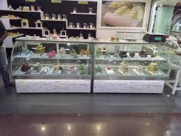 bend glass display showcase