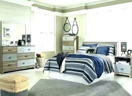 Bed Set With Mirror Headboard Bedroom Silver Mirrored King Celine 5 ...