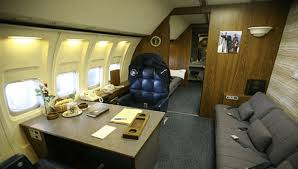 air force 1 office. air force one u2013 flying oval office air force 1 office