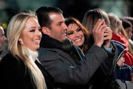 Trump Leaving Christmas Tree Lighting Kimberly Guilfoyle Donald Trump Jr Get Cozy At Tree Lighting