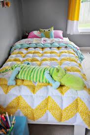 A Twin Size Chevron Puff Quilt | Puff quilt, Twins and Babies clothes & A Twin Size Chevron Puff Quilt Adamdwight.com