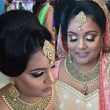 located in brton ontario julie s artistry is a pany that specializes in mobile makeup artistry for weddings and other special occasions