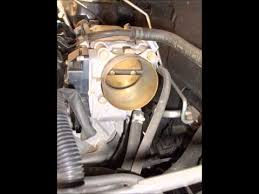 how to clean throttle body mitsubishi how to clean throttle body 2003 2004 2005 2006 mitsubishi outlander engine light code p0506