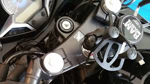 how to install a usb charger on a motorcycle 10 steps pictures picture of connect the usb cable