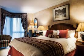 warm master bedroom. Warm And Cosy Master Bedroom @ The BEST WESTERN PLUS Blunsdon House Hotel. E