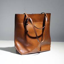 classy handy leather bags