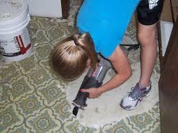 removing vinyl flooring