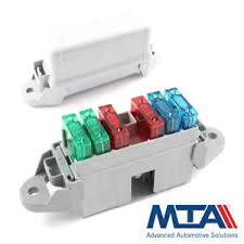 maxi blade fuse box holds 6 maxi blades complete with terminals Car Fuse at Modular Fuse Box Mta