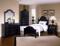 wooden furniture bedroom. Black Furniture Bedroom Elegant Wooden Bed Design Withartistic Motif Headboard Wonderful Wallpaper Ideas Small End Table Also