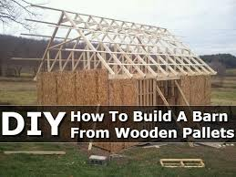 How To Build A Barn From Wooden Pallets DIY #DIY #Pallet http:/