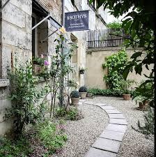 Ambressence Institut De Beauté 13 Rue Saint Esprit 24100