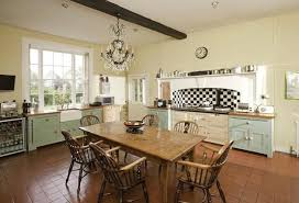 English Country Kitchen Design Awesome English Country Kitchen Love Everything Except The Blackandwhite