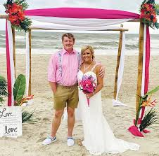 Keen, Herring are married on the beach | The Daily Record