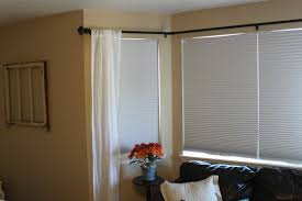 Window Treatment For Bay Windows In Living Room Stunning Curtain Solutions For Bay Windows Best Waplag Excerpt
