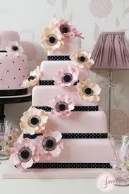 Contemporary Wedding Cakes London