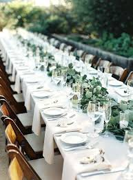 Round Table Settings For Weddings Wedding Table Settings Flat Ropes Of Greenery Small White
