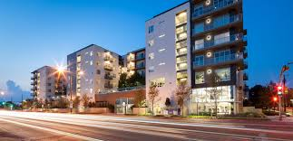 Aura On Mckinney Luxury Apartments Townhomes For Rent In Dallas