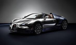 The bugatti veyron 16.4 super sport will make its first public appearance at the pebble beach concours d'elegance in california in august. Bugatti Veyron 16 4 Grand Sport Vitesse By The Numbers