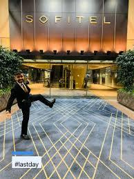 Geoff Laws - Lounge Manager - Qantas International Lounges | LinkedIn