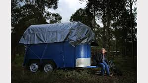 Wendy, 74, living in a horse float after 14 year fight with Cessnock  Council | Newcastle Herald | Newcastle, NSW