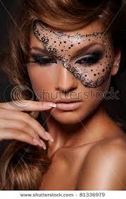 pin drawn masks eye makeup 1