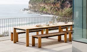 choosing outdoor patio furniture