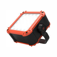 Flux Led Lights Gear Aid Flux Series 640 Lumen Led Work Light With 20 800mah Power Bank For Mobile Charging
