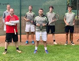 Erfolg der Burgsteinfurter Tennisherren | Tennisclub Grün-Weiß 1953 e.V.  Burgsteinfurt