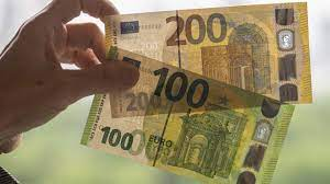 Neue 100- und 200-Euro-Banknoten: Was Sie über die neuen Scheine wissen  müssen - ZDFheute