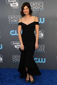 Betsy Brandt Style, Clothes, Outfits and Fashion • CelebMafia