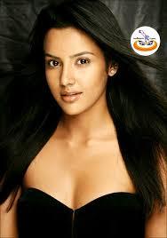 Priya-anand-(3)