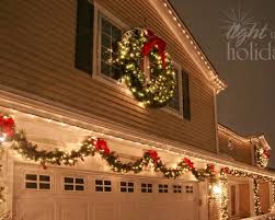 Christmas Decoration - Selected by Koslopolis Magazine - Exterior Christmas  lighting idea. Exactly what I want the outside of our house to look like at  ...