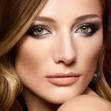 Dark Eyes Light Lips Makeup Stunning Makeup Tips For Colored Eyes