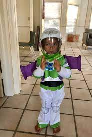 On friday, house speaker john boehner surprised the world by announcing his resignation from speaker john boehner made headlines this morning by making a surprise announcement: John Boehner On Twitter My Grandson Buzz Lightyear Happyhalloween