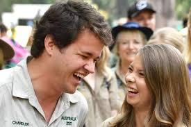 • 13 217 просмотров 8 лет назад. Bindi Irwin Marries Chandler Powell At Australia Zoo Abc News