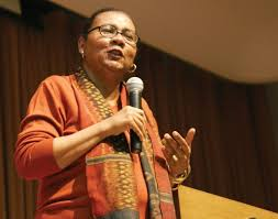 org bell hooks on education the picture of bell hooks was sourced from and is believed to be in