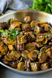 beef tips with mushroom gravy dinner