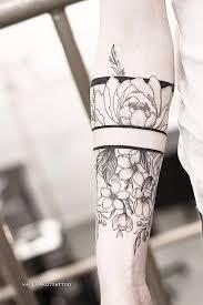 тату пионы это всегда женственное и нежное тату для девушек если