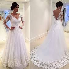 Bb1646 This Beautiful White Lace Gown With Low V Back And