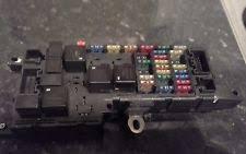 volvo v70 fuses fuse boxes 00 05 volvo v70 s60 2 4 petrol fuse box relay 2000 plate 9452993