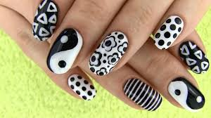 Cool Nail Designs With Black And White Black And White Nail Art Best Videos And Pictures