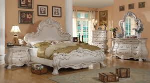 White Traditional Bed Belona | Traditional Bedroom