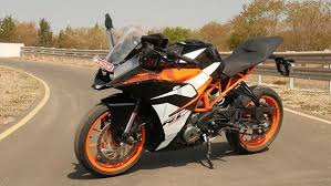 2018 ktm rc 200. brilliant 2018 as with the rc200 new graphics on rc390 really add to sporty  and aggressive look of motorcycle if that was even possible on 2018 ktm rc 200 r