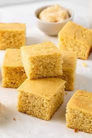 southern cornbread recipe baked by an