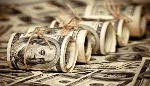 Новоиспеченный советник Трампа заговорил о сильном долларе, но легенда о «короле валют» уже давно устарела