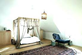 Farmhouse Canopy Bed Farmhouse Canopy Bed Pottery Barn Canopy Bed ...