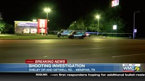Dr Light Memphis Tn Person Wounded In Shooting Outside Restaurant